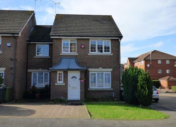 Thumbnail 4 bedroom property for sale in Kensington Way, Borehamwood