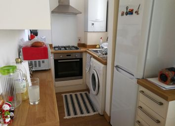 Thumbnail 2 bedroom property to rent in Warren Crescent, Southampton