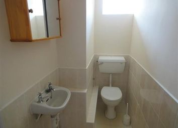 Thumbnail 2 bed flat to rent in Wokingham Road, Reading, Berkshire