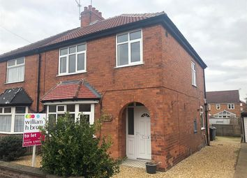 Thumbnail 3 bed property to rent in Huntingtower Road, Grantham