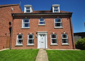 Thumbnail 5 bed detached house to rent in Faulkner Gardens, Wick, Littlehampton