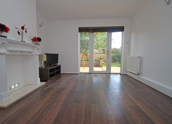 Thumbnail 2 bed flat to rent in Cromwell Close, East Finchley