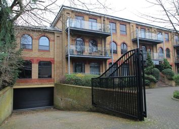 Thumbnail 2 bed flat to rent in Inner Park Road, Wimbledon, London