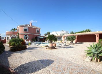Thumbnail 5 bed chalet for sale in La Siesta, Torrevieja, Spain