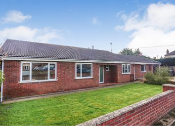 Thumbnail 4 bed detached bungalow for sale in Middle Street, Metheringham