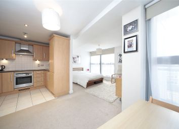 Thumbnail Studio to rent in Gateway House, 2A Balham Hill, Clapham South, London