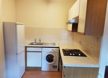 2 bed property to rent in Clarendon Place, Leeds LS2