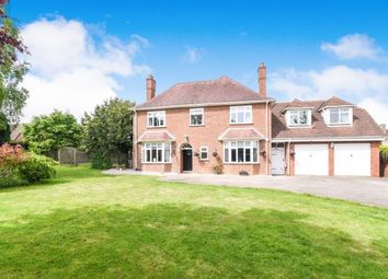 Thumbnail 7 bed detached house for sale in Pershore Road, Evesham, Worcestershire