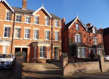 Thumbnail 6 bed town house to rent in Lansdowne Road, Bedford