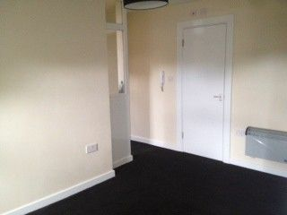 Thumbnail Studio to rent in Burton Road, Manchester