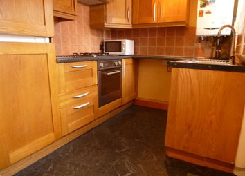 Thumbnail 3 bed property to rent in Victoria Avenue, Leeds