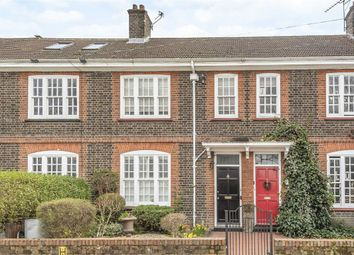 3 bed property for sale in Magdalen Road, London SW18