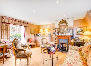Thumbnail 2 bed maisonette for sale in Warwick Way, London