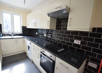 Corbets Tey Road, Upminster RM14. 2 bed flat