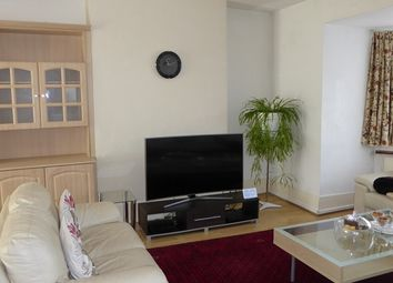 Thumbnail 4 bed semi-detached house to rent in West Avenue, Hendon, London