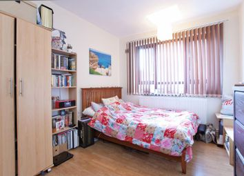 Thumbnail 4 bed flat to rent in Cromer Street, King's Cross