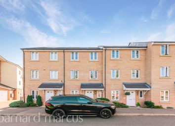 Alpine Close, Epsom KT19. 4 bed town house