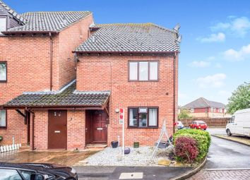 Thumbnail 2 bed flat for sale in Yew Close, Greater Leys, Oxford
