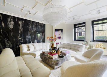 Oakwood Court, West Kensington, London W14. 4 bed flat for sale