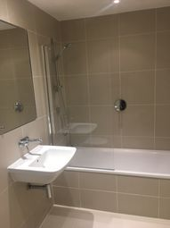 Thumbnail 2 bed flat to rent in Eden Road, Sevenoaks