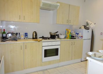Thumbnail 1 bed flat to rent in Belle Grove Terrace, Spital Tongues
