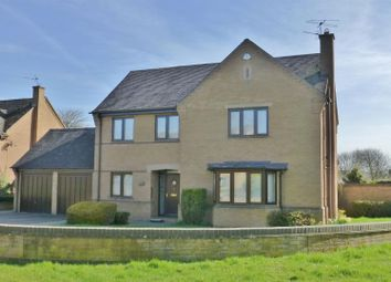 Thumbnail 4 bed detached house for sale in Lodge Gardens, Oakham