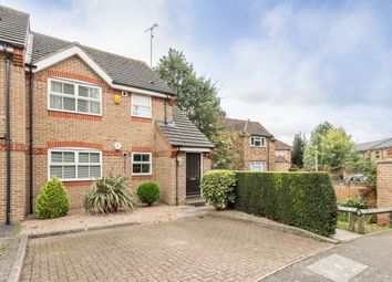 Thumbnail 1 bedroom flat to rent in Salters Close, Rickmansworth