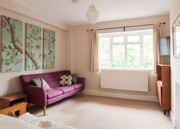 Thumbnail 3 bed flat for sale in Church Street Estate, London