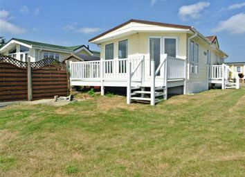 Thumbnail 2 bed mobile/park home for sale in The Broadway, Minster On Sea, Sheerness, Kent
