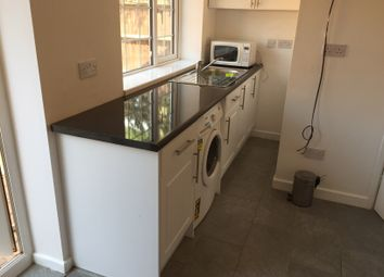 Thumbnail Flat to rent in Longhook Gardens, Hayes