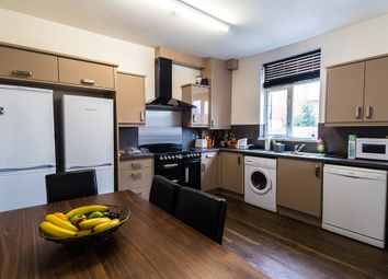 6 bed property to rent in Knowle Road, Burley, Leeds LS4