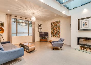 Thumbnail 3 bed property to rent in Caranday Villas, Norland Road, London