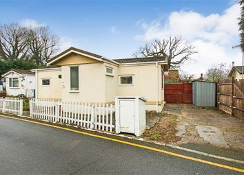 Thumbnail 1 bed mobile/park home for sale in Meadowside Park, Lingfield, Surrey