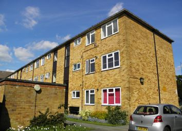 Thumbnail 2 bedroom flat to rent in Parkside, Potters Bar