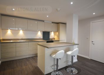Thumbnail 3 bed flat to rent in Huntingdon Street, Nottingham