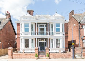 2 bed flat for sale in Leopold Road, Felixstowe IP11