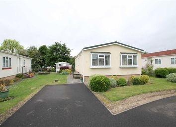 Thumbnail 2 bed mobile/park home for sale in Shaft Road, Severn Beach, Bristol