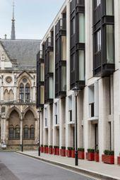 Lincoln Square, Covent Garden WC2A