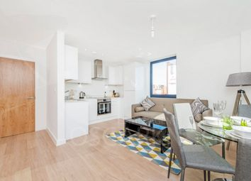 Thumbnail 1 bed flat to rent in Sheldon House, High Road, Finchley