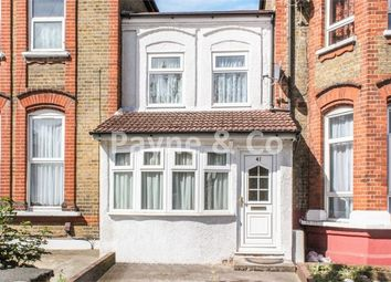 Thumbnail 2 bedroom cottage for sale in Mansfield Road, Ilford, Essex