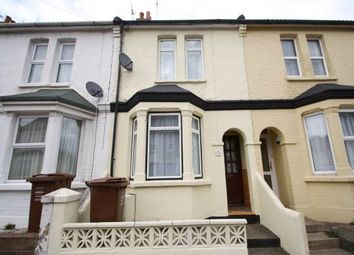 4 bed property to rent in Trinity Road, Gillingham, Kent ME7