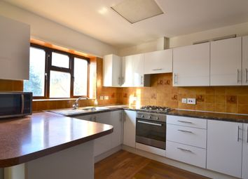 5 bed semi-detached house to rent in Colin Gardens, London NW9
