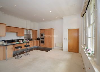 Thumbnail 2 bedroom flat to rent in St. Vincents Lane, London