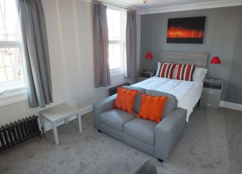 Thumbnail Room to rent in Jesse Terrace, Reading