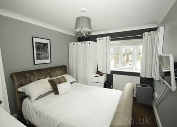 Thumbnail 2 bed flat for sale in Victoria Mews, East Street, Sittingbourne
