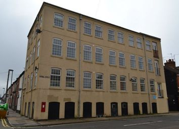 2 bed flat to rent in Shakespeare Road, The Mounts, Northampton NN1