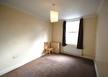 Thumbnail 1 bed flat to rent in Stroud Green Road, Finsbury Park