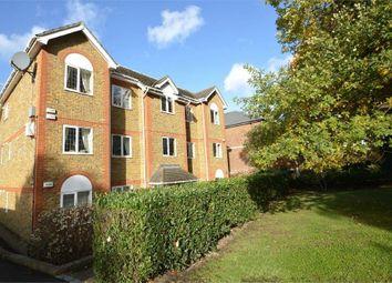 2 bed flat to rent in Brooklands Road, Weybridge KT13