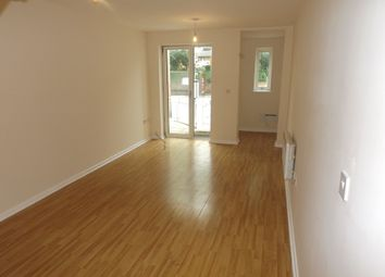 Thumbnail 2 bed flat to rent in Hucknall Road