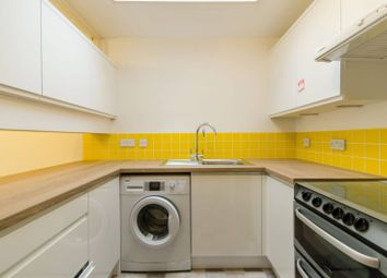Thumbnail 2 bed flat to rent in London Lane, Bromley North